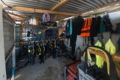 Scuba equipment storage station
