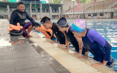 TEENS AND ADULTS SWIM LESSONS
